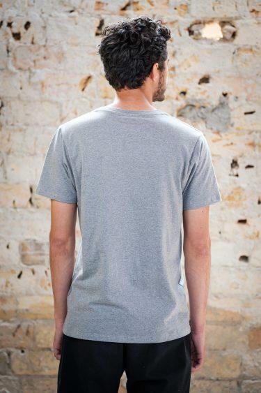 ÄSTHETIKA T-Shirt - THE RACCOON grey/black back