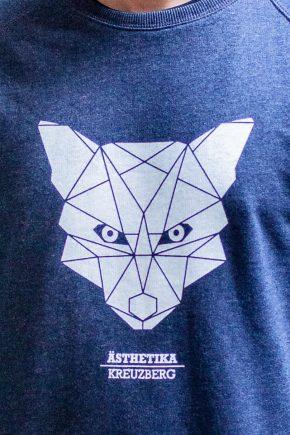 AESTHETIKA_Sweatshirt-THE_FOX_navy_white_detail