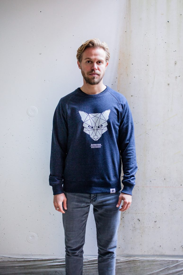 ÄSTHETIKA sweatshirt fox navy white front