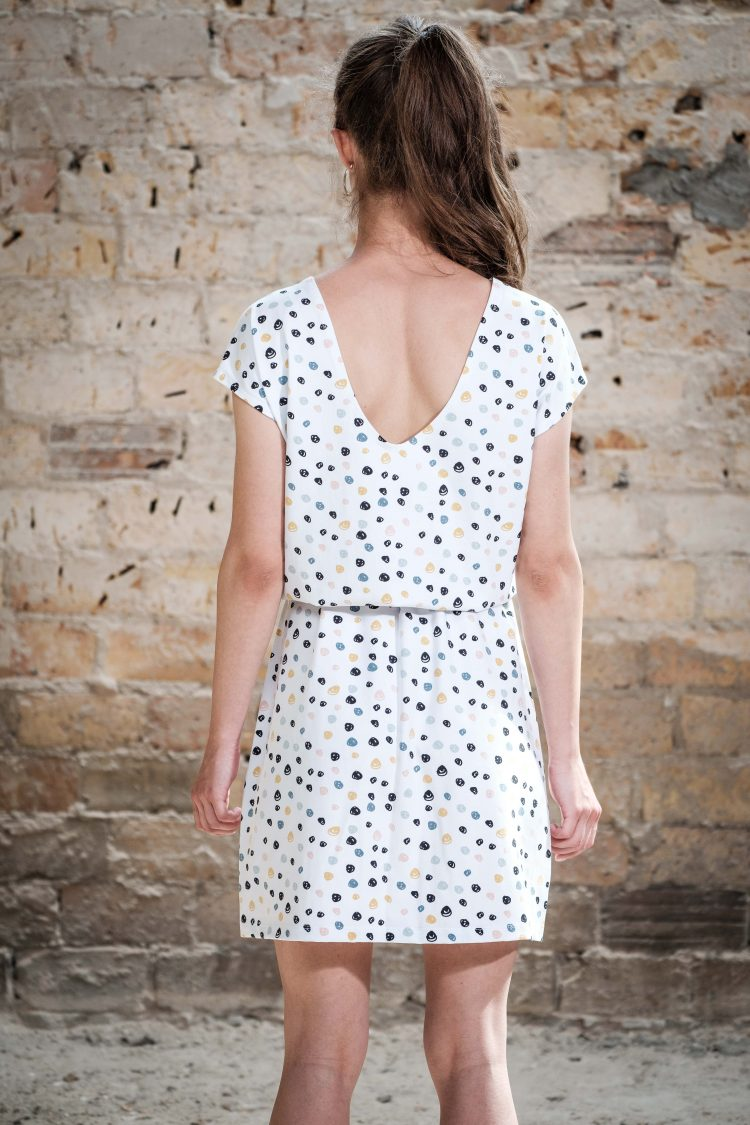 ÄSTHETIKA Dress One color dots back