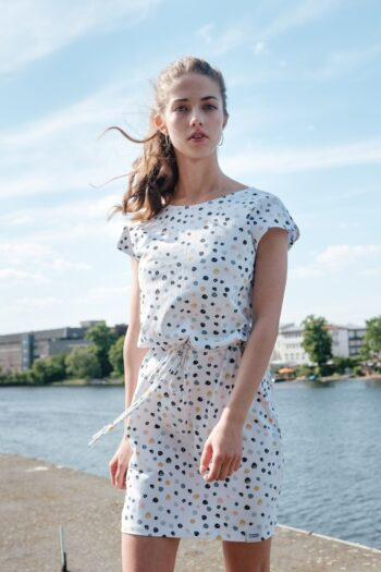 ÄSTHETIKA Dress One color dots mood