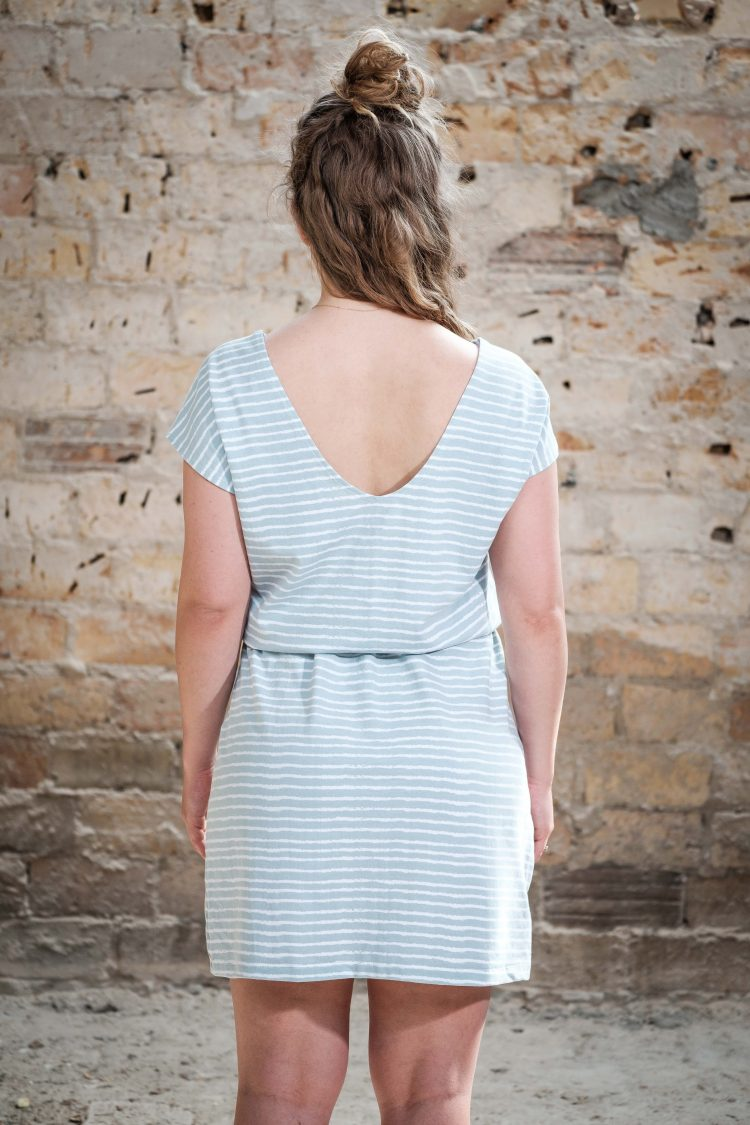 ÄSTHETIKA Dress One stripes back