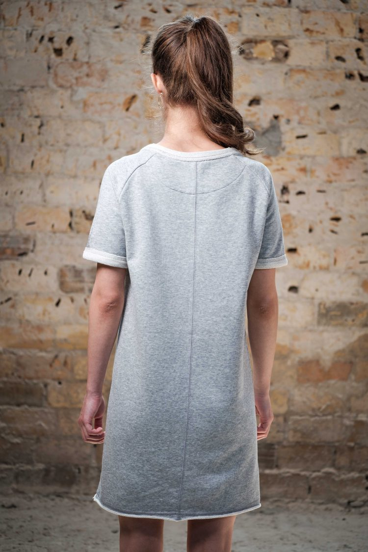 Raglan Dress - LA FORCE FÉMININE grey/black back