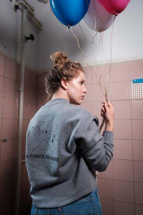 ÄSTHETIKA Sweatshirt Cropped - LA FORCE FÉMININE grey/black mood