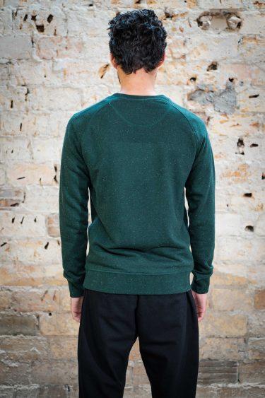 ÄSTHETIKA Sweatshirt - FUTURE scarab green/white back