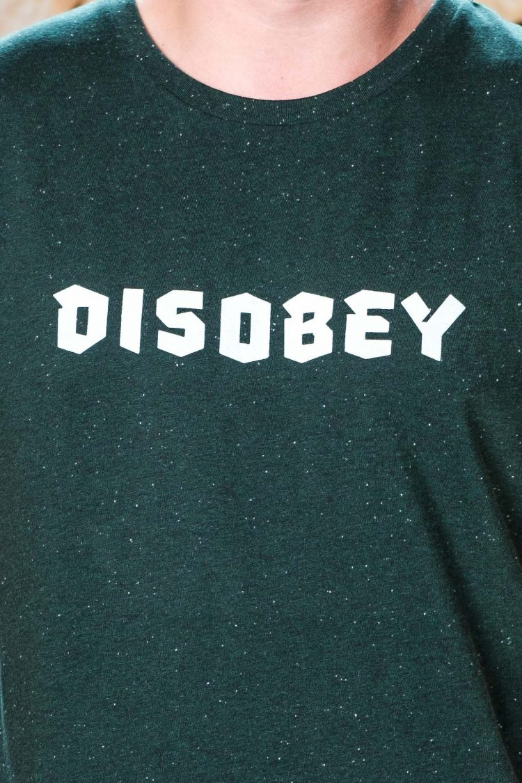 ÄSTHETIKA T-Shirt - DISOBEY scarab green/white detail