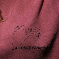 ÄSTHETIKA T-Shirt Roll Up - LA FORCE FÉMININE burgundy/black detail