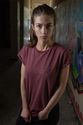 ÄSTHETIKA T-Shirt - THE CAT burgundy/black mood